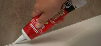 Tips For Caulking Your Shower